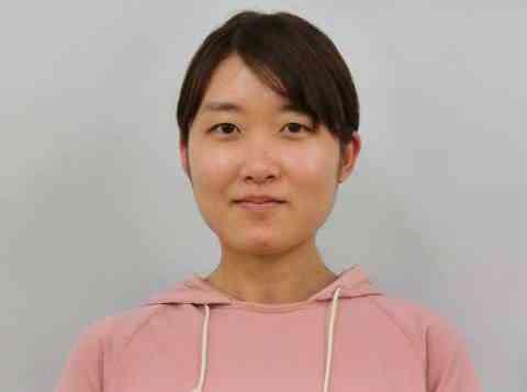 鈴木(彩)講師